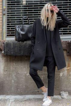 Fashionable minimalist street style 18