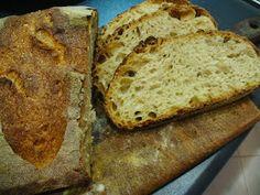 INGREDIENTI     250 gr frarina di grano tenero di tipo 0 bio  250 gr Semola Rimacinata di grano duro Senatore Cappelli  350 gr acqua...