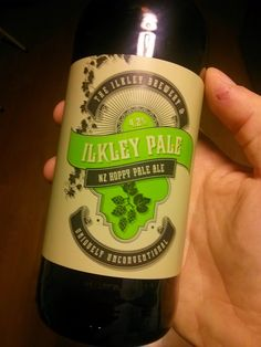 ILKLEY PALE by The Ilkley Brewery (UK)