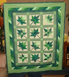 Maple Leaf Quilt - Green