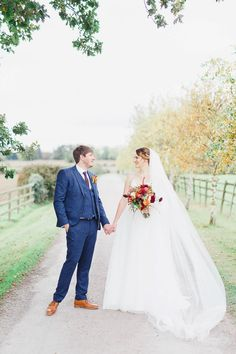 autumn barn wedding