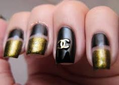 Gems in a Bottle: Black & Gold Chanel Nails Cute Nails, Pretty Nails, La Nails, Uñas Fashion, Chanel Nails, Wedding Manicure, Nail Blog, Nail Trends, Manicures