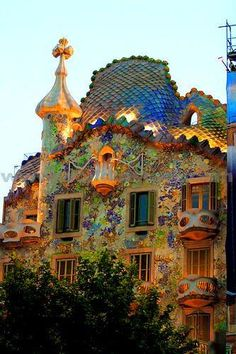 Gaudí Casa Batlló. Original & full of imagination. #lovebarcelona #barcelona amazing i love this architect