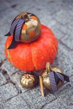 Glam Painted Pumpkins from BLOOM BOX (https://www.facebook.com/bloomboxpolska)