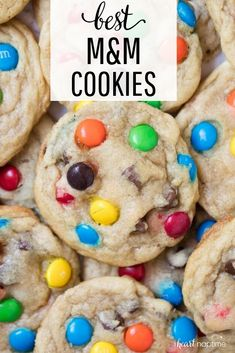 M&M Cookies! BEST M&M Cookies - Super soft, chewy, crispy edges and full of chocolate! Taste like they came straight from a bakery!BEST M&M Cookies - Super soft, chewy, crispy edges and full of chocolate! Taste like they came straight from a bakery! Cake Mix Cookie Recipes, Delicious Cookie Recipes, Best Cookie Recipes, Baking Recipes, Yummy Food, Ark Recipes, Cookie Recipes For Kids, Cookies For Kids, Turkey Recipes