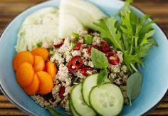 Laab Kai –salaatti - Spice Up! - Kotikokki.net-kumppani Spice Things Up, Cobb Salad, Spices, Food, Spice, Essen, Meals, Yemek, Eten
