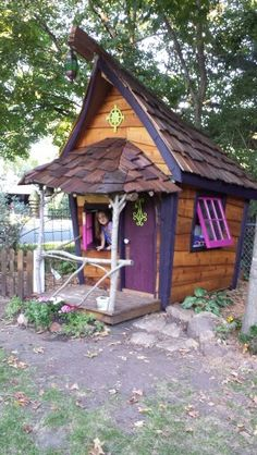 Fairytale playhouse.  The final [for now :-)] product