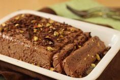 Ένα φανταστικό μαλακό παγωτό σοκολάτας με νουτέλα. Μια συνταγή για ένα υπέροχο σεμιφρέντο για όλη την οικογένεια και για τους καλεσμένους σας ... αν μείνει