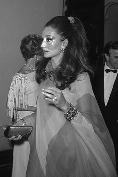 AS the Metropolitan Museum of Art announces that its autumn exhibition will focus on the stylish life of Jacqueline de Ribes, we compose the 15 things you need to know about the fashion designer, countess and muse.