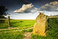 Yorkshire   Stone circles, megaliths, castles, abbeys, burial chambers   Site guides and galleries   Isle of Albion