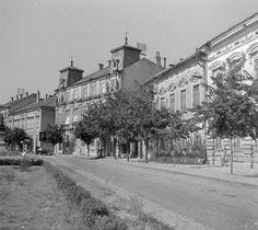 Vörösmarty tér a Széchenyi utca felől.