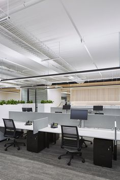 Buying Very Cheap Office Furniture Correctly Small Office Design, Industrial Office Design, Corporate Office Design, Office Ceiling, Office Floor, Home Office, Office Walls, Office Art, Office Ideas