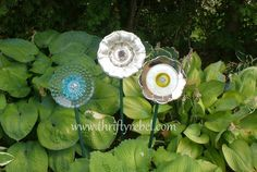 Easy to make plate flowers for the garden