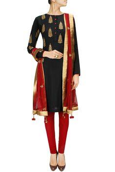 Black embroidered kurta with maroon churidaar and dupatta BY JOY MITRA. Shop now at: http://www.perniaspopupshop.com/whats-new #perniaspopupshop #joymitra #designer #ethnic #stunning #updates #fashion #style #happyshopping