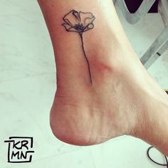 21 Minimalist Tattoos That Will Make You Want to Get Inked | Brit + Co