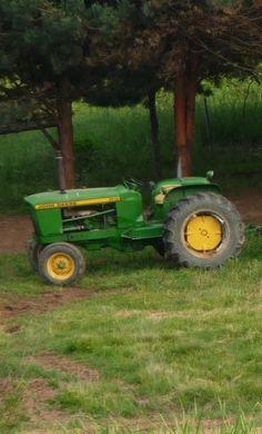 John Deere 1010 or 2010 Tractor