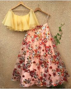 Floral lehenga - Reference floral Lehenga To purchase mail us at com or Whatsapp us on bridesmaids bridaljewellery… Indian Fashion Dresses, Indian Gowns Dresses, Dress Indian Style, Indian Designer Outfits, Designer Dresses, Eid Dresses, Designer Blouses For Lehenga, Wedding Dresses, Designer Sarees