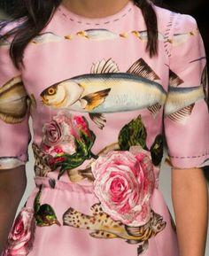 Dolce & Gabbana at Milan Fashion Week Spring 2017 - Details Runway Photos Fashion Prints, Fashion Art, Runway Fashion, High Fashion, Womens Fashion, Fashion Design, Milan Fashion, Fashion Outfits, Haute Couture Style