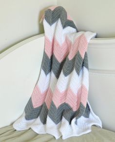 Gorgeous handmade chevron baby blanket! Would be perfect for a new or expectant mom!