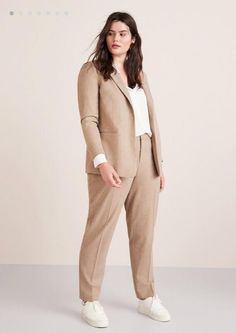 Curvy Girl Fashion Outfits, Plus sized clothing, fashion tips, plus size fall wardrobe and refashion. Fall and Autmn Fashion Outfits Trends for Plus Size. Curvy Girl Outfits, Curvy Girl Fashion, Casual Outfits, Fashion Outfits, Fashion Ideas, Summer Outfits, Casual Wear, Flattering Plus Size Dresses, Plus Size Suits