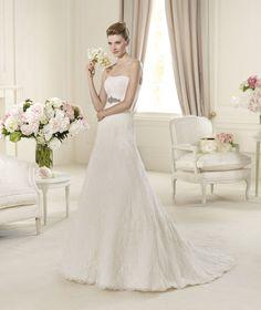 Pronovias te presenta el vestido de novia Udine. Costura 2014.   Pronovias