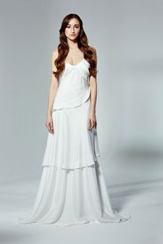 The most beautiful day. The most beautiful dress. Discover the wedding gowns by Majaco, online on www.nelou.com