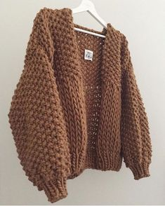 knitting inspiration Well & truly here today But we are One day closer to the weekend Honey Blossom Cardigan In Camel . Crochet Clothes, Diy Clothes, Fall Clothes, Mode Outfits, Fashion Outfits, Modest Fashion, Mode Hijab, Crochet Fashion, Look Fashion