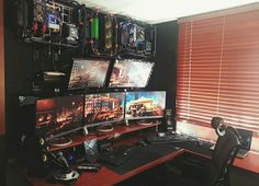 room design Masculine Video Game Room with Eclectic Nerdy Computer Décor - Best Video Game Room Ideas: Cool Gaming Setup Designs, Gamer Room Decor, and Apartment Decorating Ideas - Bedroom, Living Room, Small Room Best Gaming Setup, Gaming Room Setup, Gaming Desk, Computer Setup, Pc Setup, Desk Setup, Gaming Rooms, Pc Computer, Computer Rooms