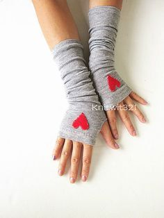 Hearts Grey Arm Warmers Fingerless Knit by GoToBoutique on Etsy
