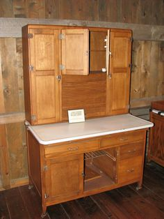 Amish made (home made) cabinet in the Hoosier style   Hoosier ...