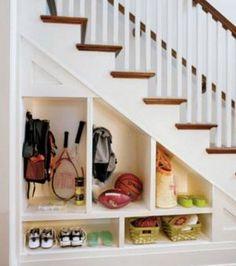Unter der Treppe lassen sich auch gut Dinge verstauen