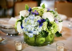 apples flowers blue green hydrangea centerpiece    these ideas are great not only for wedding but also for home decorating.