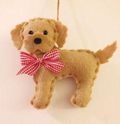 Felt Christmas Decorations, Felt Christmas Ornaments, Dog Ornaments, How To Make Ornaments, Christmas Ideas, Christmas Dog, Ornaments Design, Christmas Design, Felt Dogs