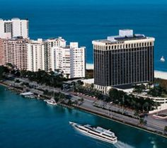 Hotel Miami Beach Resort Spa Save Up To 80 On Hotels Worldwide Visit Comparebookings