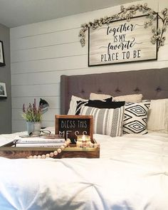 Country-style bedroom: furnishing examples, decoration ideas & more, If you want to feel comfortable and secure in your own home and strive for the natural and homely, you can achieve the desired atmosphere with the fur..., #Decor #Ideas #Design #DIY