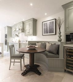 Kitchen Seating & Dining - Tom Howley