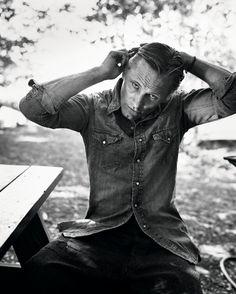 Viggo: For a chance to meet him, vote for Viggo Mortensen at http://CelebCharityChallenge.org !