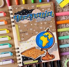 Hola el día de hoy les traigo una idea de Portadas 🧡⛓súper sencilla, fácil y bonita. 🖥: Pueden ir a seguirme a mi perfil para más apuntes y títulos y mucho más🧡✨se los agradecería un montón✨ ✅: Guarda este pin o descárgalo me ayudaría mucho y si lo pruebas etiquétame✨🧡 4️⃣5️⃣:Gracias por los 45 seguidores🧡 2️⃣1️⃣7️⃣MIL: De visitas❤️ 📍: Nicaragua  🎉:  Pasa por mis demás tableros❤️ #apuntes #portadas #apuntesbonitos Bullet Journal Banner, Bullet Journal Lettering Ideas, Bullet Journal Notebook, Bullet Journal School, Bullet Journal Ideas Pages, Bullet Journal Inspiration, School Organization Notes, School Notes, Pretty Notes