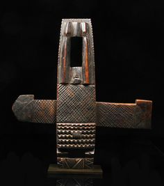 Africa   Door lock from the Dogon people of Mali   Wood, with dark brown patina
