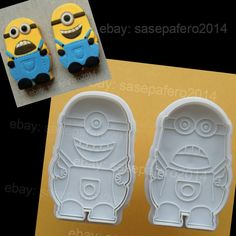 Minions Despicable Me Plunger cookie cutter with stamp 2 pcs.  Cortador Minions. #Minios #MinionCookies #MinioCookieCutters