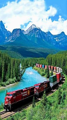 Canadian Pacific Railway, Banff National Park, Alberta, Canada RR cars get to enjoy some spectacular scenery Places To Travel, Travel Destinations, Places To Visit, Travel Tourism, Canadian Pacific Railway, Canadian Rockies, Canadian National Railway, Canadian Art, Voyage Europe