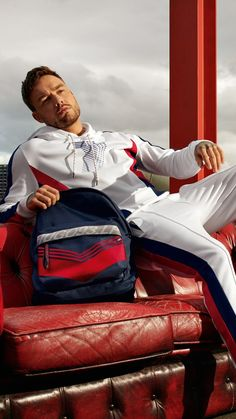 Discover the contemporary HUGO x Liam Payne by HUGO for Unisex. Shop now in the official HUGO BOSS online shop! Niall Horan, Zayn Malik, Liam Payne, Liam James, Louis Tomlinson, Eleanor Calder, One Direction Pictures, Star Wars, Hugo Boss Man