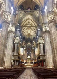 Milano , Italia , a very special place in my heart, one of my several 'second homes' where I spent. Ciao Milano, Cathedral, Adventure, Architecture, Places, Painting, Art, Italia, Arquitetura
