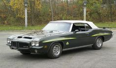 1971 Pontiac GTO Judge convertible. Only 17 were built.