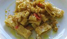 Calamarata al baccala' - aileen Pasta Company, Calamari, Gnocchi, Ricotta, Italian Recipes, Seafood, Spaghetti, Food And Drink, Meat
