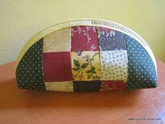 www.manoskuriosas.com Coin Purse, Tutorials, Wallet, Purses, Patterns, Personalized Gifts, Toss Pillows, Handbags, Block Prints