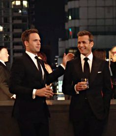 Trajes Harvey Specter, Harvey Specter Suits, Suits Harvey, Suits Tv Series, Suits Tv Shows, Suits Quotes, Gabriel Macht, Red Band Society, Grey Anatomy Quotes