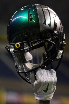 Gameday Helmet #AlamoBowl #GoDUCKS #WTD #OregonVsTexas