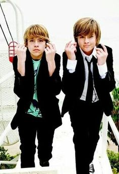 Cole and Dylan Sprouse Cole M Sprouse, Dylan Sprouse, Sprouse Bros, Cole Sprouse Jughead, Zack E Cold, Dylan Y Cole, Suit Life On Deck, Betty And Jughead, Suite Life