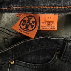 """Tory Burch DENIM jeans SIZE 28 Tory BurchTORY SKINNY JEAN️Size:28️️inseam:34️️️️️rise::8️️waist across top:16""""hip:182% polyurathanesave 20% off purchase?use """"bundle"""" option on two or more items Tory Burch Jeans Skinny"""